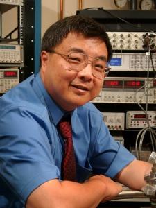 Hong-Wen Jiang